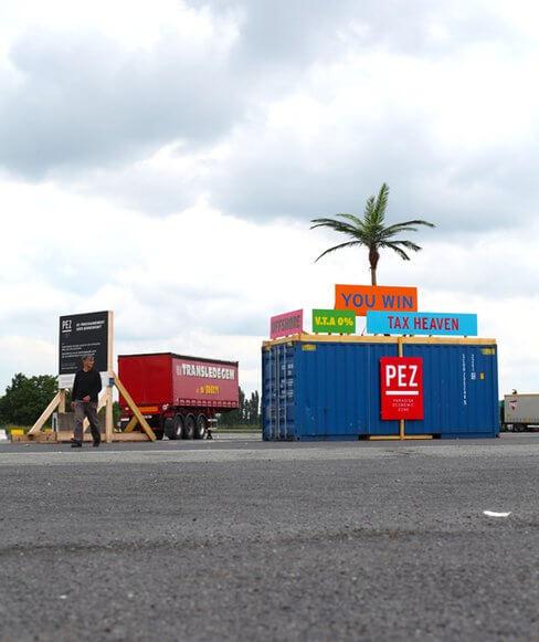 004 Thierry Verbeke - Paradize Economic Zonne -vue containers